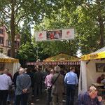 Maimarkt Landau im Weindorf Anlaufstelle Nr. 1 Fleischerinnung