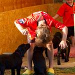 Maxi liebt die Kleinen und die Kleinen ihn :-)