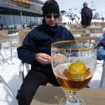 Pause bien méritée... la bière aussi.. !!
