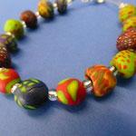 Perlenketten aus Fimo (Foto: Katharina Heusinger)