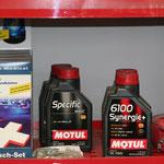 Autozubehör - wie z. B. Verbandskästen - kaufen Sie in unserer freien Kfz-Werkstatt in Rutesheim.