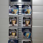 Autozubehör - wie z. B. Batterien - kaufen Sie in unserer Autowerkstatt nahe Leonberg.