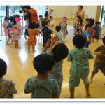 湘南まるめろ保育園、盆踊りの様子です。