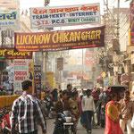 Willkommen in Varanasi, die verrückteste Stadt die wir beide je gesehen haben!!!!!