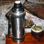 Mate, ein Tee. Die Uruguayer sind süchtig danach.