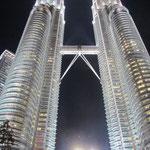 Die Towers bei Nacht