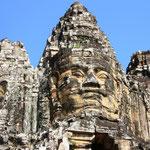 Die großen Tempel wie der Angkor Wat oder auch der dem Buddha geweihte Bayon waren nicht als Versammlungsorte für Gläubige errichtet worden, sondern als Paläste der Götter. Bild: Ta Prohm