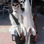 Día de los Muertos (Tag der Toten) ist einer der wichtigsten mexikanischen Feiertage, an dem in Mexiko traditionell der Verstorbenen gedacht wird.