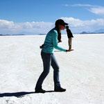Salar de Uyuni - Die Salzmenge des Salar de Uyuni wird auf ungefähr 10 Milliarden Tonnen geschätzt...