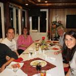 Dinner!!! Greats an Ena und Barry aus Melbourne und Denise und Thomas aus Luzern!! :)
