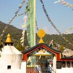 Die Stupa im Flüchtlingslager der Tibeter