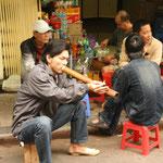 Häufiges Strassenbild in Hanoi