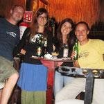Schöner Abend mit Lea und Tinu, auch zwei Weltreisende, welche aber wieder Zuhause sind und hier ihre Ferien verbringeng. Wir hatten die beiden Online auf ihrer Weltreise begleitet. Wir hatten viel zu erzählen! :)