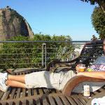 Ein Bierchen auf dem Zuckerhut kostet 2 Franken, irgendwie fast billig für Rio.