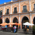 An der Plaza 9 de Julio, Salta