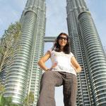 Die Petronas sind 277 mal grösser als die Kleine