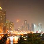 Unser letzter Abend in Bangkok, nun gehts nach Nepal in die Kälte.