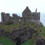 Bei einem Unwetter im 17. Jahrhundert, stürzte die gesamte Küche samt Personal ins Meer