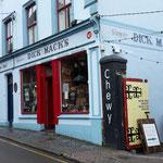 ...und dann finden wir das legendäre Dick Macks Pub, hier waren auch schon George Clooney und Julia Roberts zu Gast