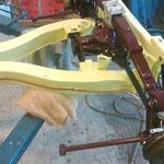 Die Benzinleitung ist auch verlegt, diese wird aus 8mm Kupferrohr angefertigt