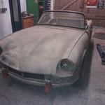 Das Auto steht nun endlich in meiner Werkstatt und wir machen eine blechseitige Bestandsaufnahme