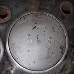 Die Kolben haben das erste Übermass, offensichtlich wurde der Motor mal entkokt, alles ist blitzblank