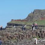 Magma hat vor Millionen von Jahren beim abkühlen etwa 40000 dieser Basaltsäulen geformt, unglaublich