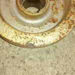 ungewöhnlicher Schaden : An der Keilriemenscheibe ist ein Stück Guss abgebrochen