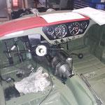 Das Cockpit wird provisorisch eingebaut