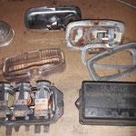 Der Regler wird geöffnet, dahinter ein originaler LUCAS Rückfahrscheinwerfer, wie er am MK2 gegen Aufpreis montiert war. Es ist noch nicht entschieden, ob ich ihn montiere, restauriert wird er