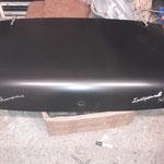 Der alte Kofferraumdeckel ist dermassen wellig, dass wir uns für einen neuen entscheiden :-( schade...