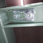 Die Karosseriemontageplatten am Rahmen wurden verzinkt und werden mit Mike Sanders Fett geschützt eingesetzt