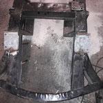 Deshalb fertigen wir neue Grundplatten aus 1,6mm starkem feuerverzinktem Blech an