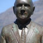 Frederik Willem de Klerk  -Nobel Square Capetown