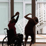 Veronika und Ulrike tanzen als Paar