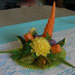 petit centre de table avec fleur en mangue - 30 €