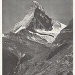 Als Auguste Vautier-Dufour um 1900 das Matterhorn fotografierte, hielt er im Vordergrund die weiten Ackerareale fest, die im Gebiet Herbrigweng oberhalb des Kulturwanderwegs liegen und damals noch intensiv bewirtschaftet wurden (publiziert in: La Patrie S