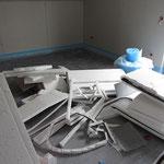 Dies waren die Schnittreste, welche nach dem Verlegen der Dämmung und der Tackerplatte übrig waren.
