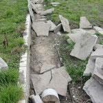 Die Wege waren in mehreren, zum Teil sehr dicken Schichten betoniert, was mich fast zur Verzweiflung brachte.