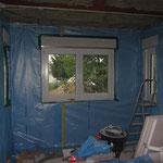 Mit ein bisschen Übung waren die Fenster recht schnell fertig, sobald man wusste, wie man die Folie richtig ausschneiden musste.
