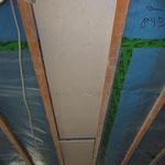 Evtl. vorhandene Stahlträger müssen mit Gipsfaserplatten abgedeckt sein.