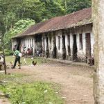 Häuser der Arbeiter, Sanzalas; habitações dos serviçais