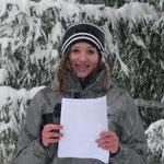 Unser hübsche Platzsprecherin Johanna Hinterholzer bei der Preisverteilung.