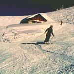 Barbara Adelsberger 1980 am Gipfellift der Buchensteinwand.