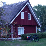 Frühmorgens vor dem Haus unseres Gastgebers. Hiiumaa, Estland
