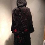 Mantel wie beschrieben, Rückenansicht