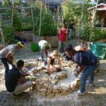 Helfen bei der Kräuterspirale, Projekttage der Carlo Schmid Schule