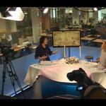 Gonnie te gast bij VROUW Flits Telegraaf over tafelmanieren 30/11/12