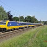 1 Juni 2017: Breda / 186 011 Met een IC direct trein van Amsterdam naar Breda met achterop de 186 028.