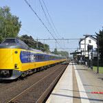 8 September 2016: Oisterwijk / 4208,4097 Als IC van Venlo naar Den haag centraal.